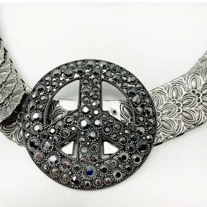 Silver fishscale stretchy belt crystal peace sign